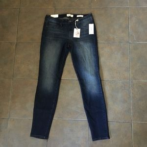 Jessica Simpson Kiss Me Super Skinny Jeans 30 NEW